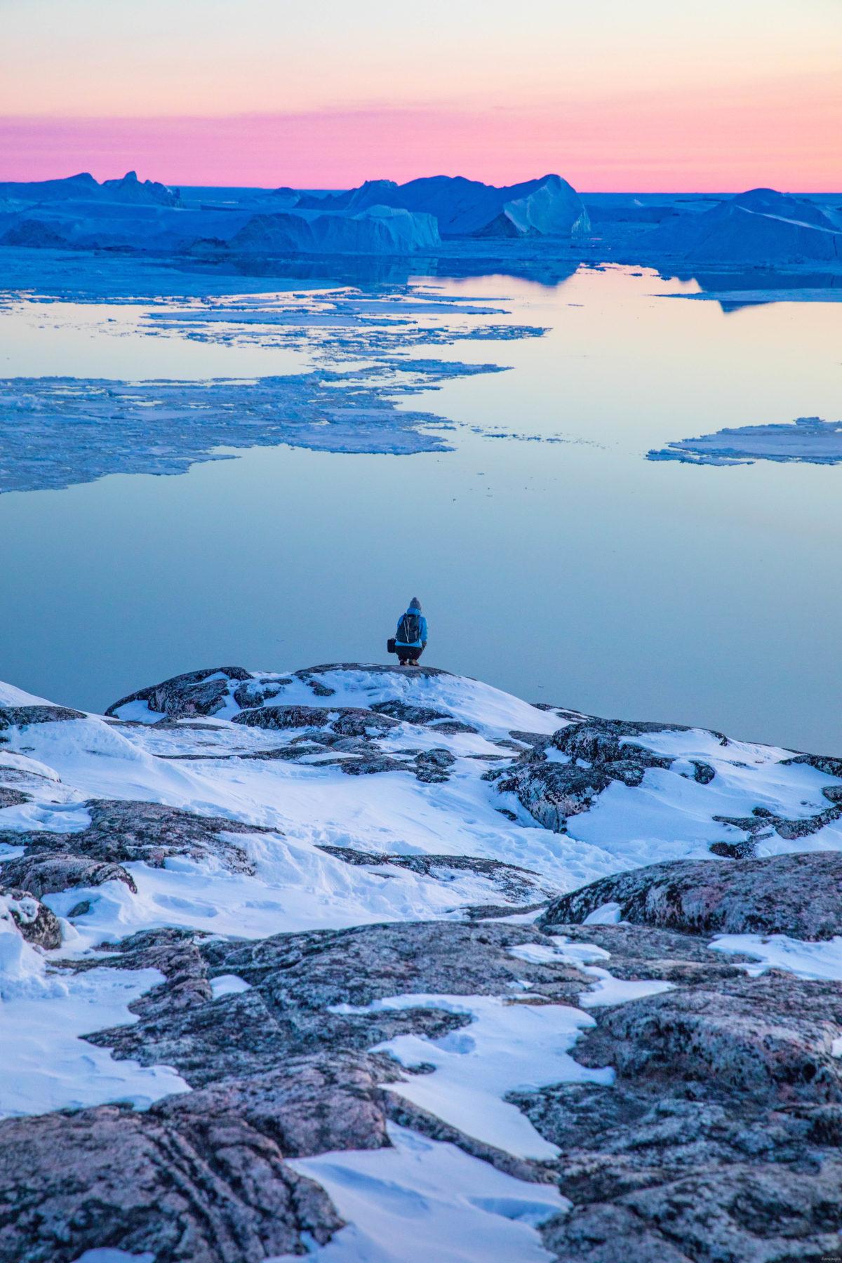 Coucher de soleil à Ilulissat, Groenland. Découvrez Ilulissat, capitale des icebergs.