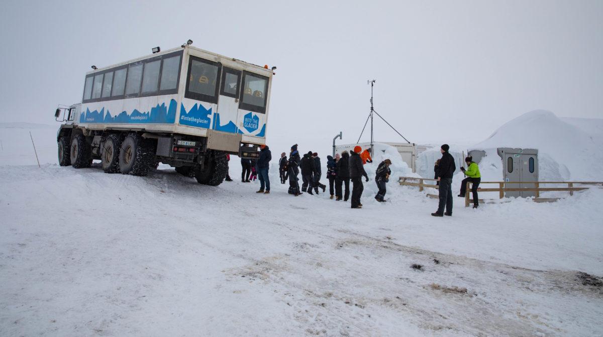 visite glacier langjökull into the glacier glacier islande de l'ouest