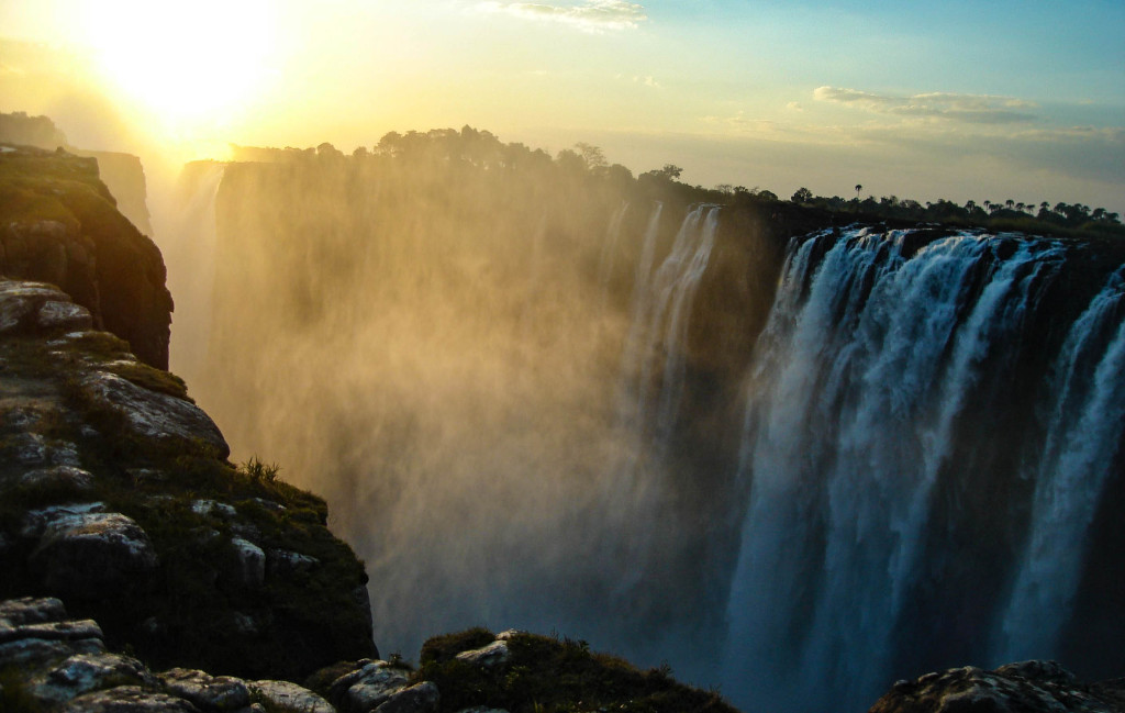 cascade afrique chutes victoria sunset waterfall