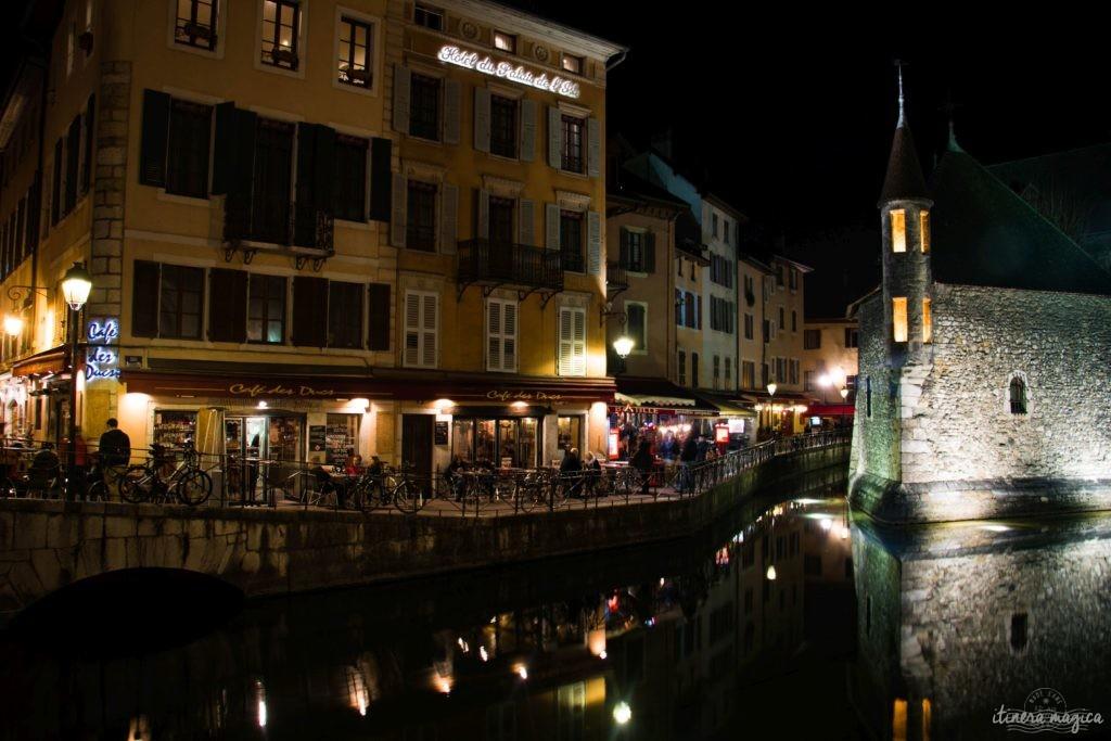 Annecy la nuit : destination romantique de Saint Valentin