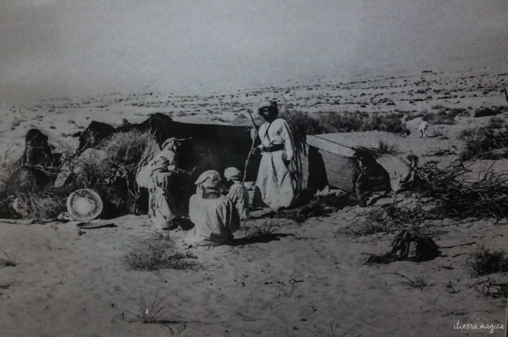 Abu Dhabi dans les années 60, une vie rude et une société traditionnelle.