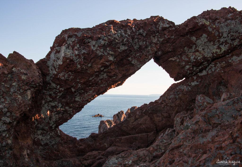 Depuis le Cap Dramont, vue sur la rade d'Agay