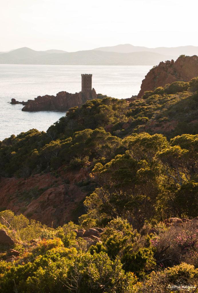 Les plus beaux points de vue de l'Estérel : panoramas et randonnées, découvrez Saint Raphaël en beauté.
