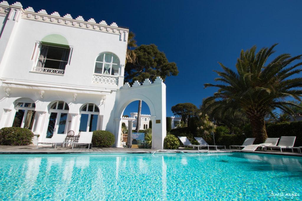 Un hôtel romantique sur la Côte d'Azur : découvrez la superbe Villa Mauresque à Saint Raphaël.