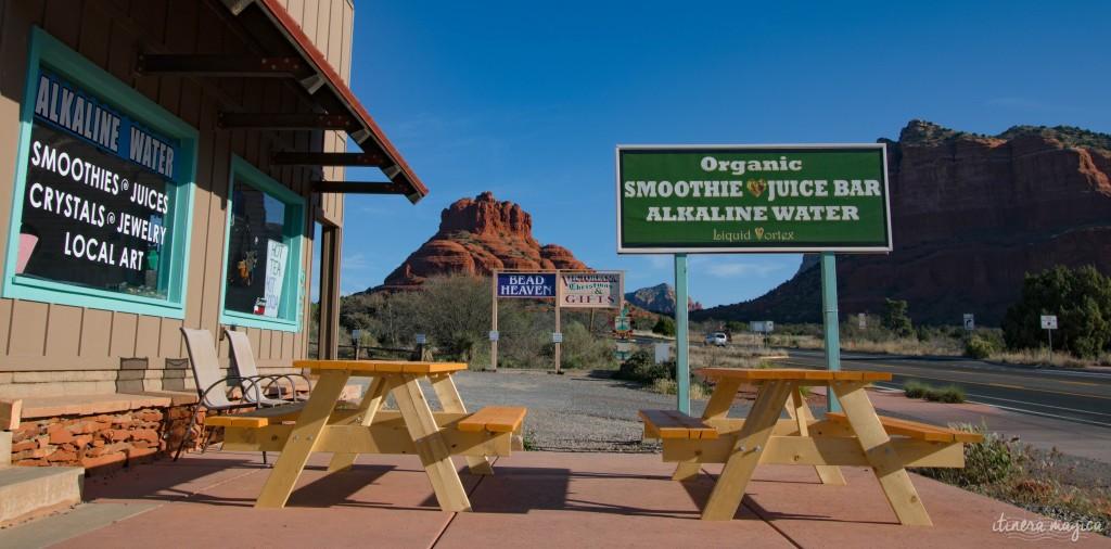 Surplombée par d'immenses rochers rouges, Sedona est un décor de western parfait. Mais au-delà de la beauté de ses paysages, Sedona cache un secret. Ici, des vortex d'énergie tourbillonnent, des ovnis clignotent dans le ciel, et on guette les extraterrestres. Découvrez les secrets de l'Arizona sur Itinera Magica.