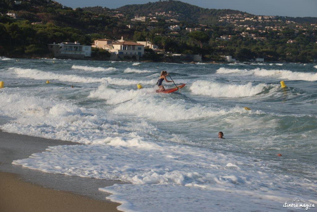 Spots de surf, paddle et kite sur la Côte d'Azur. Paddle de vagues Sainte Maxime