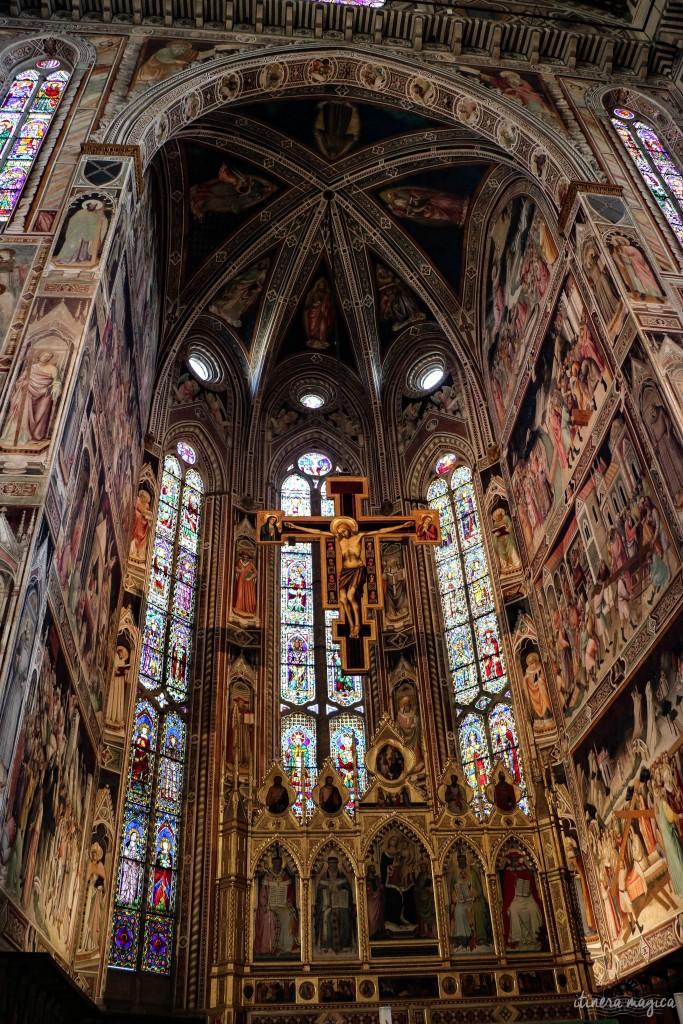 A l'intérieur de la basilique Santa Croce.