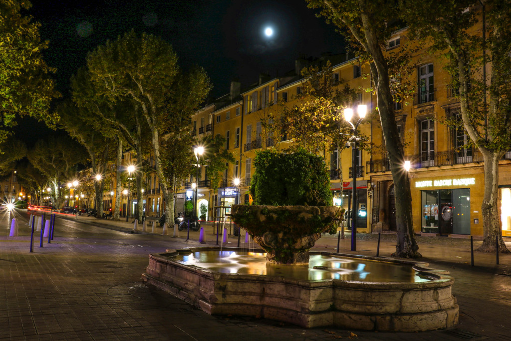 Nachts am Cours Mirabeau