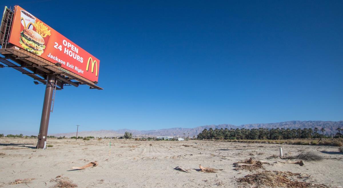 Salvation Mountain, Salton Sea, Joshua Tree : road trip en Californie apocalyptique, dans le désert empoisonné. Visiter Salvation mountain, le blog.