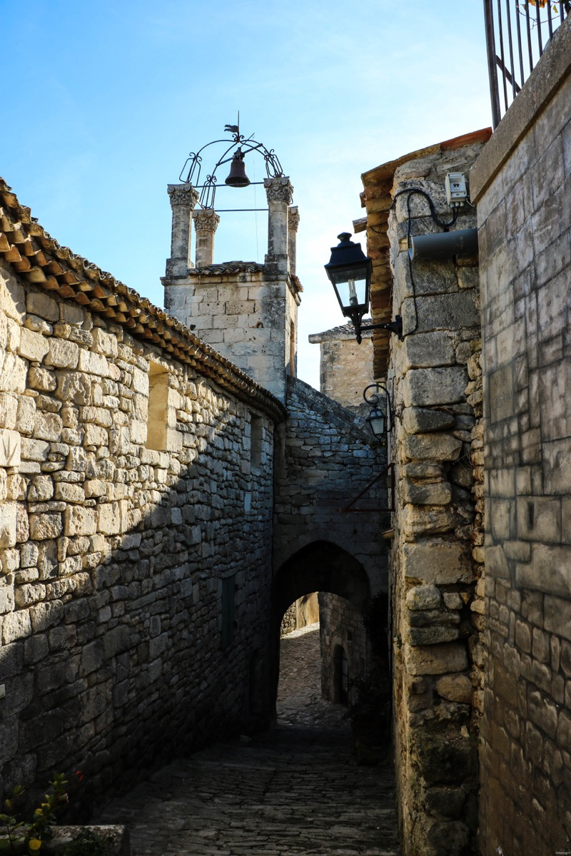 Château du marquis de Sade à Lacoste, Vaucluse. Ruines romantiques et gothiques en France. #Provence #vaucluse #france
