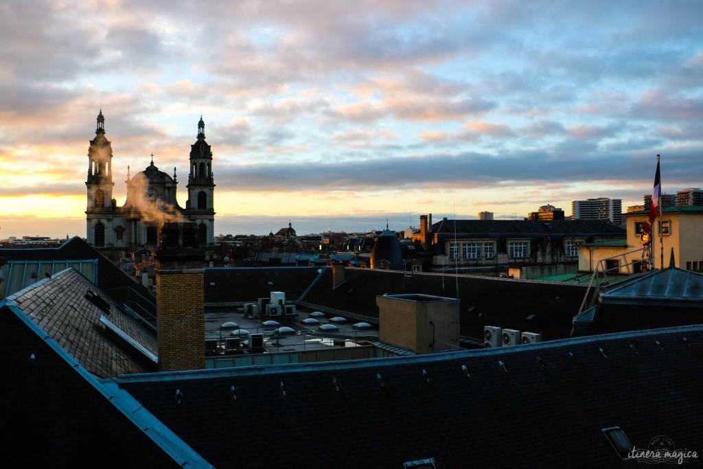Vue sur les toits de Nancy et sa cathédrale, depuis ma chambre au Grand hôtel de la Reine.