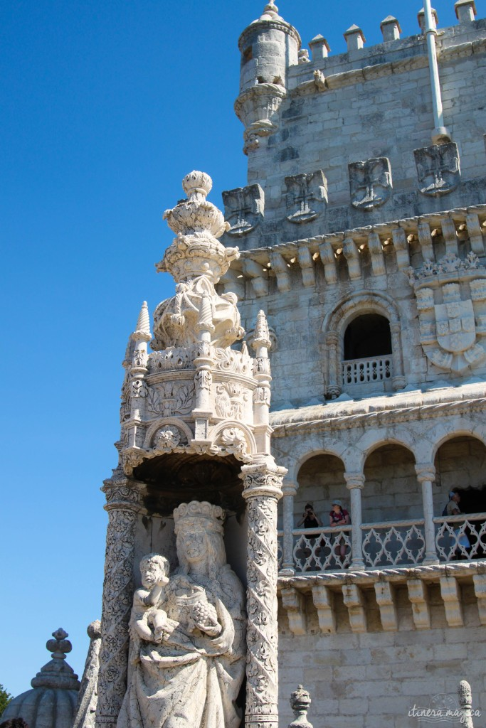 Torre de Belem, blanche gardienne de la ville.