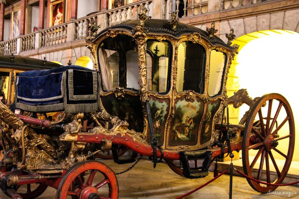 Musée des coches.