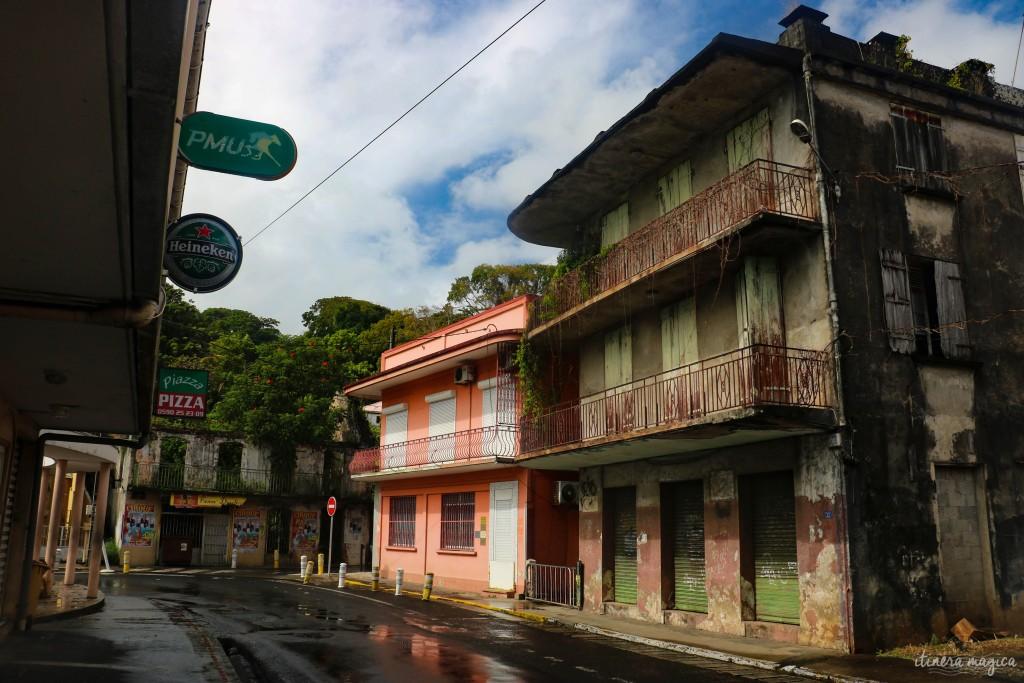 Pas de bidonvilles au sud de Basse-Terre, mais une sensation de délaissement dans ces rues sorties d