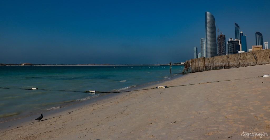 Une des plages de la Corniche.