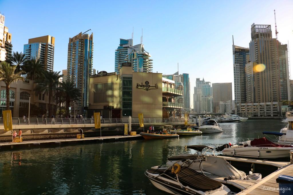 Luxueuse marina de Dubaï.