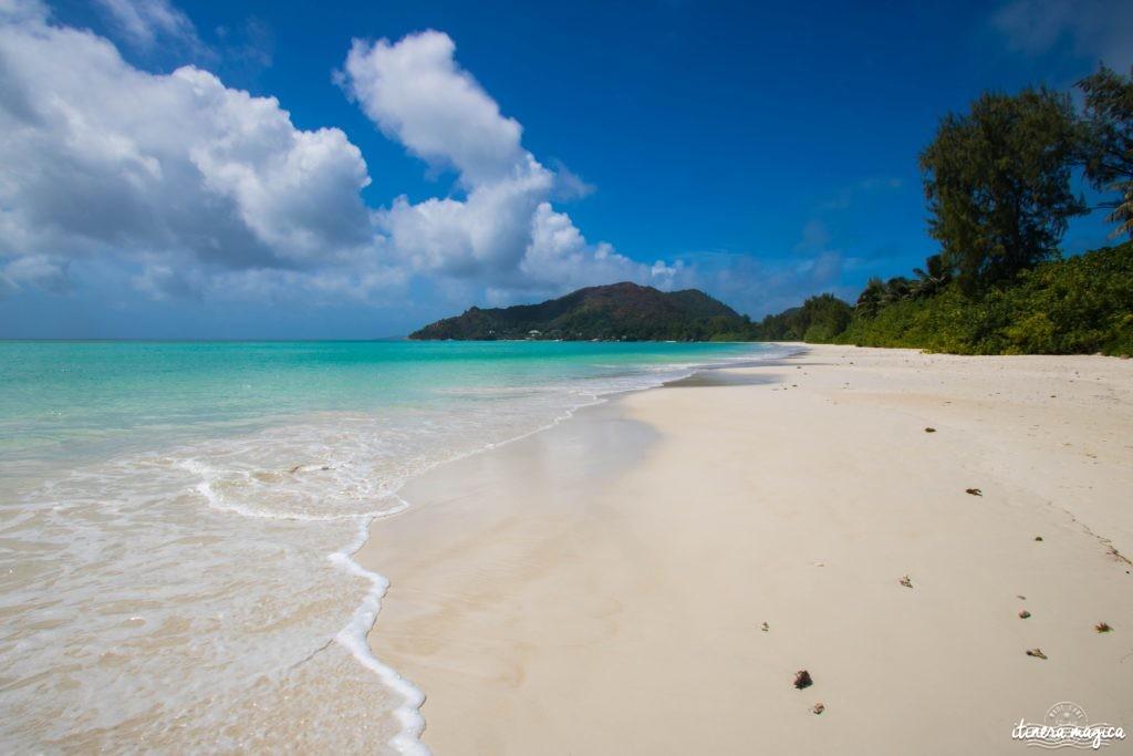 Seychelles plage de la côte d'Or