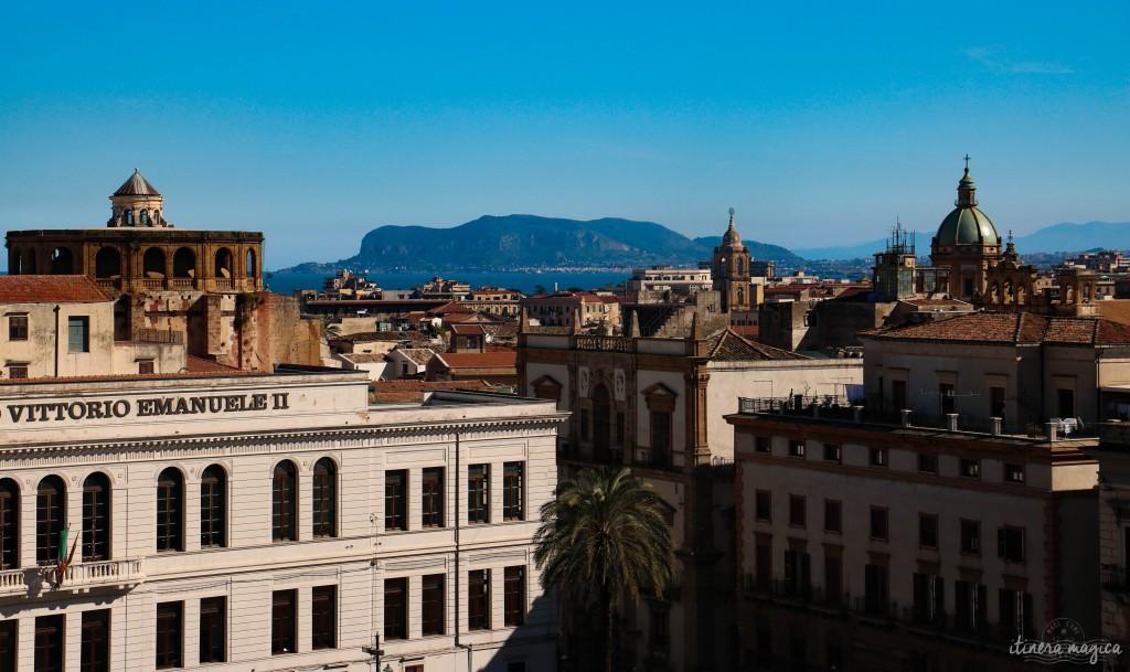 Sicht von den Dächern der Cattedrale aus.