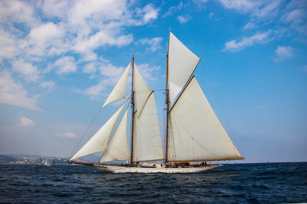 bateau saint tropez les voiles
