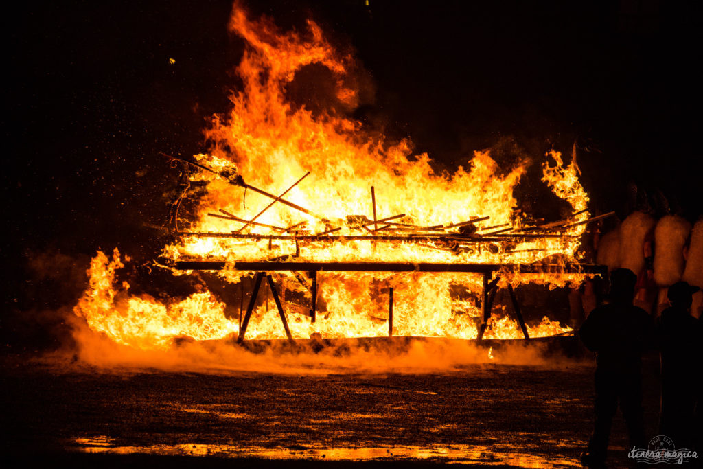 Going to Up Helly Aa . What to see in Shetland? Going to Shetland