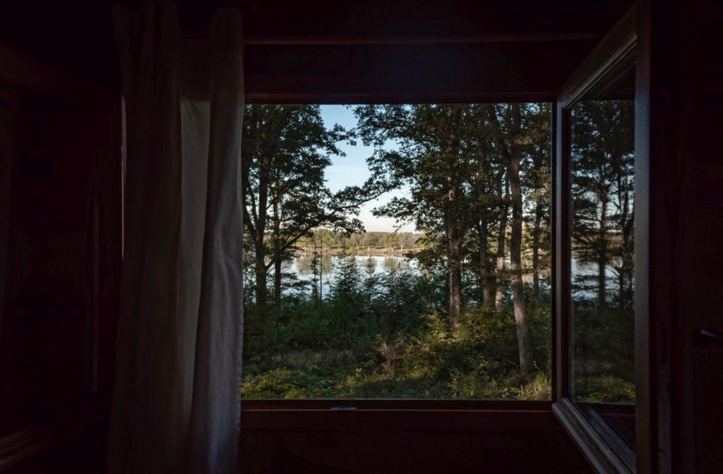 cabanes du lac vosges du sud dormir dans une cabane vosges