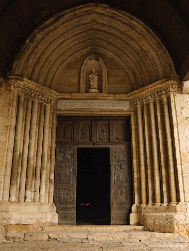 Où dormir pour visiter le Verdon ? Le village de Moustiers-Sainte-Marie, un des plus beaux villages de Provence