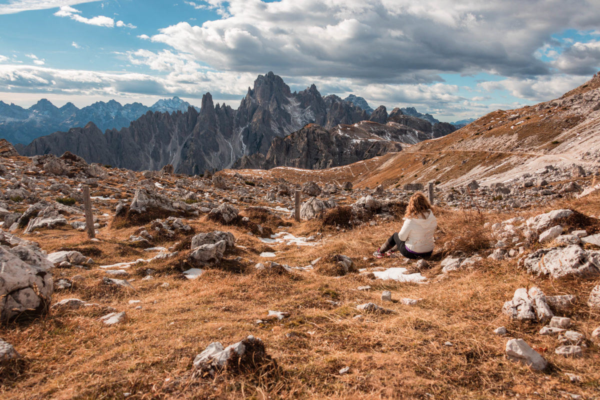 Découvrez les Dolomites à l'automne.