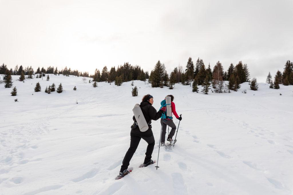 que faire aux saisies snowga yoga des neiges