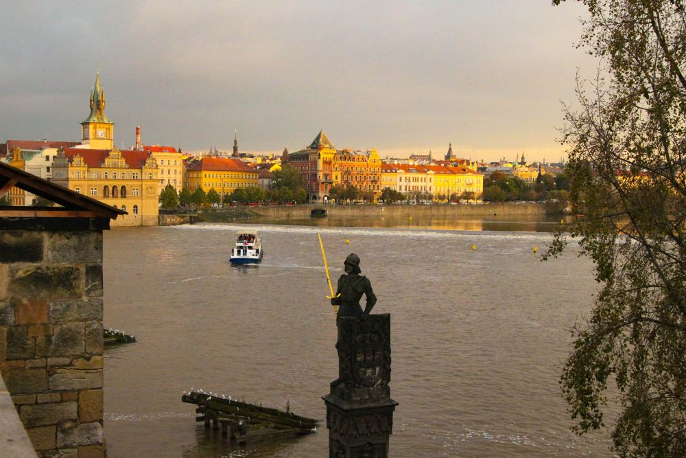 prague vlatva sunset