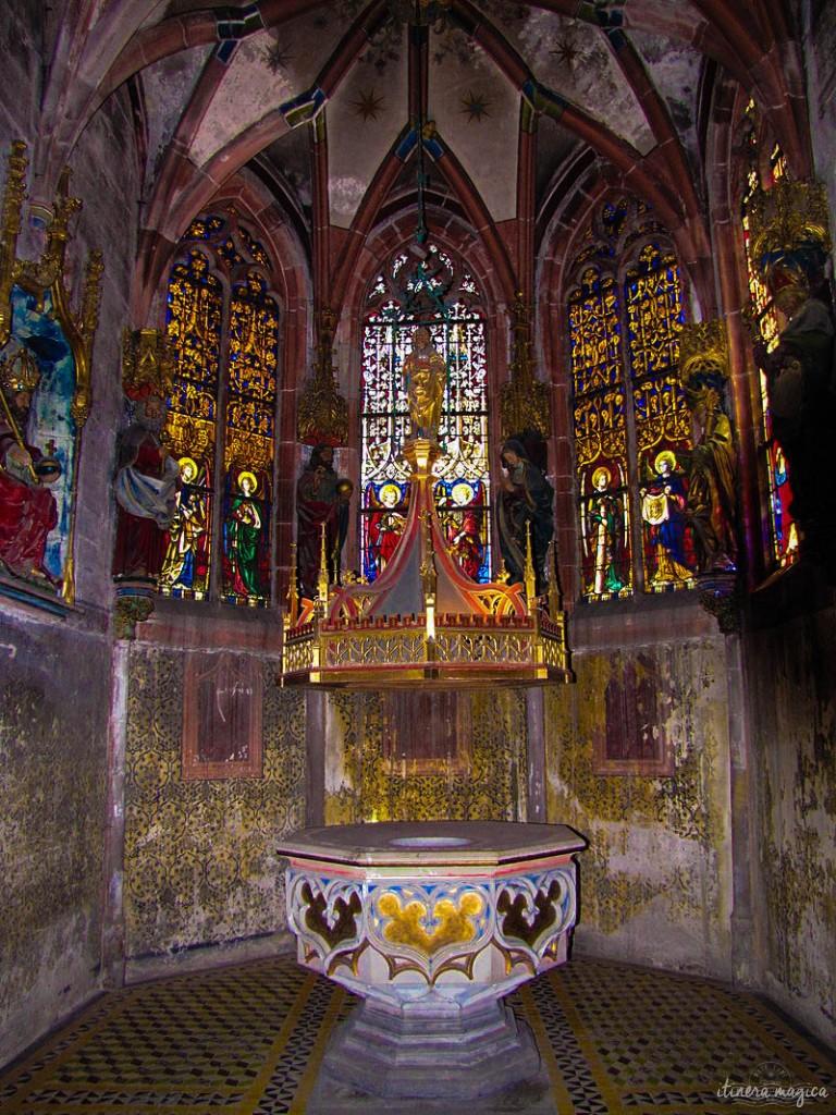 Eine Kapelle in der Kirche Saint Pierre le Jeune.